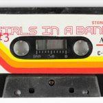 tableau-retro-cassette-80x55-cm-12269_680x450-0d1ae69a